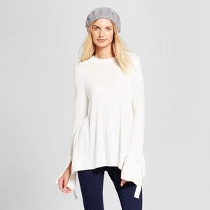 Relaxed Bell Sleeve Pullover Sweater | White